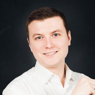 Роман Копосов